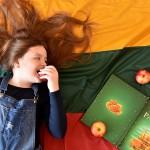 18. Kamilė 15 m. Laisvos vaikystės pasaka